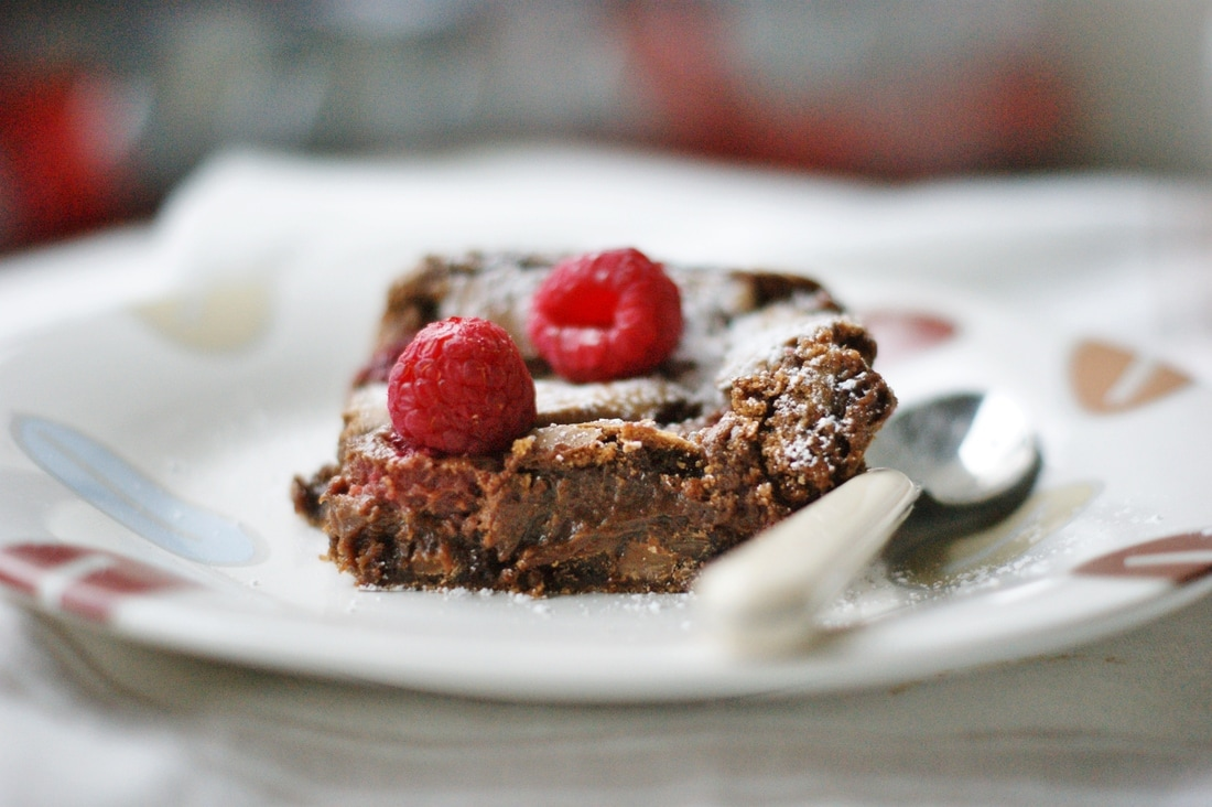 raspberry brownie